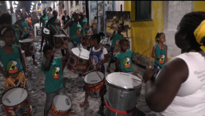 The young drummers of Associação Educativa e Cultural Didá